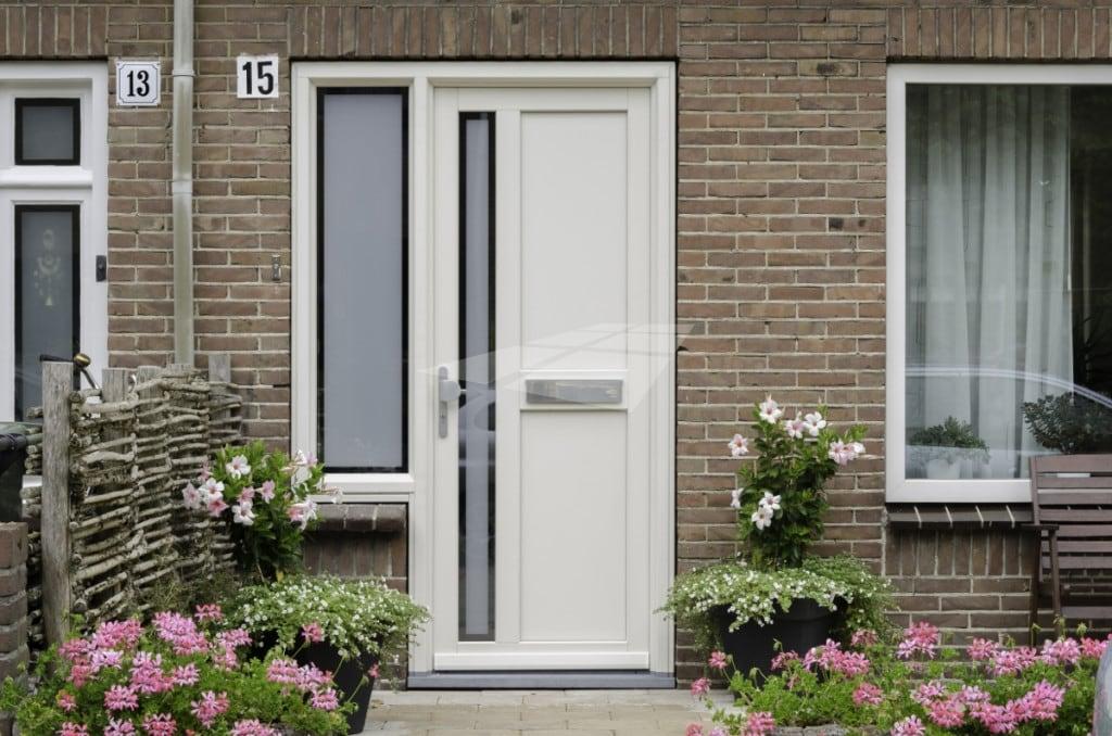 kunststof deur met kunststof dorpel