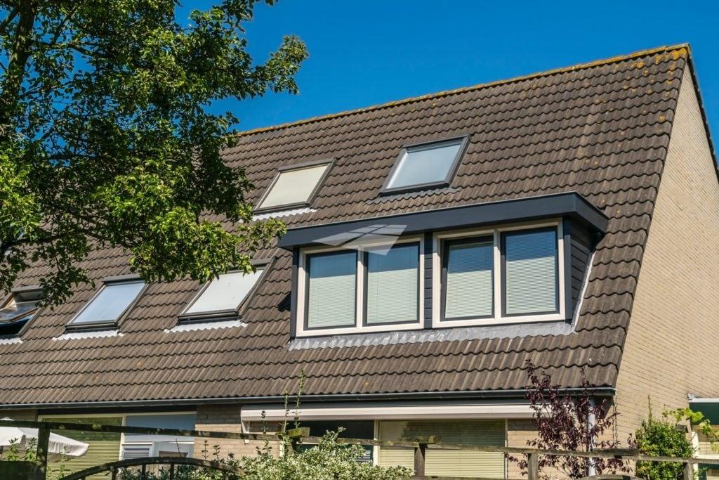 Select Windows kunststof kozijnen - Kunststof dakkapel antraciet met wit bouwvergunning