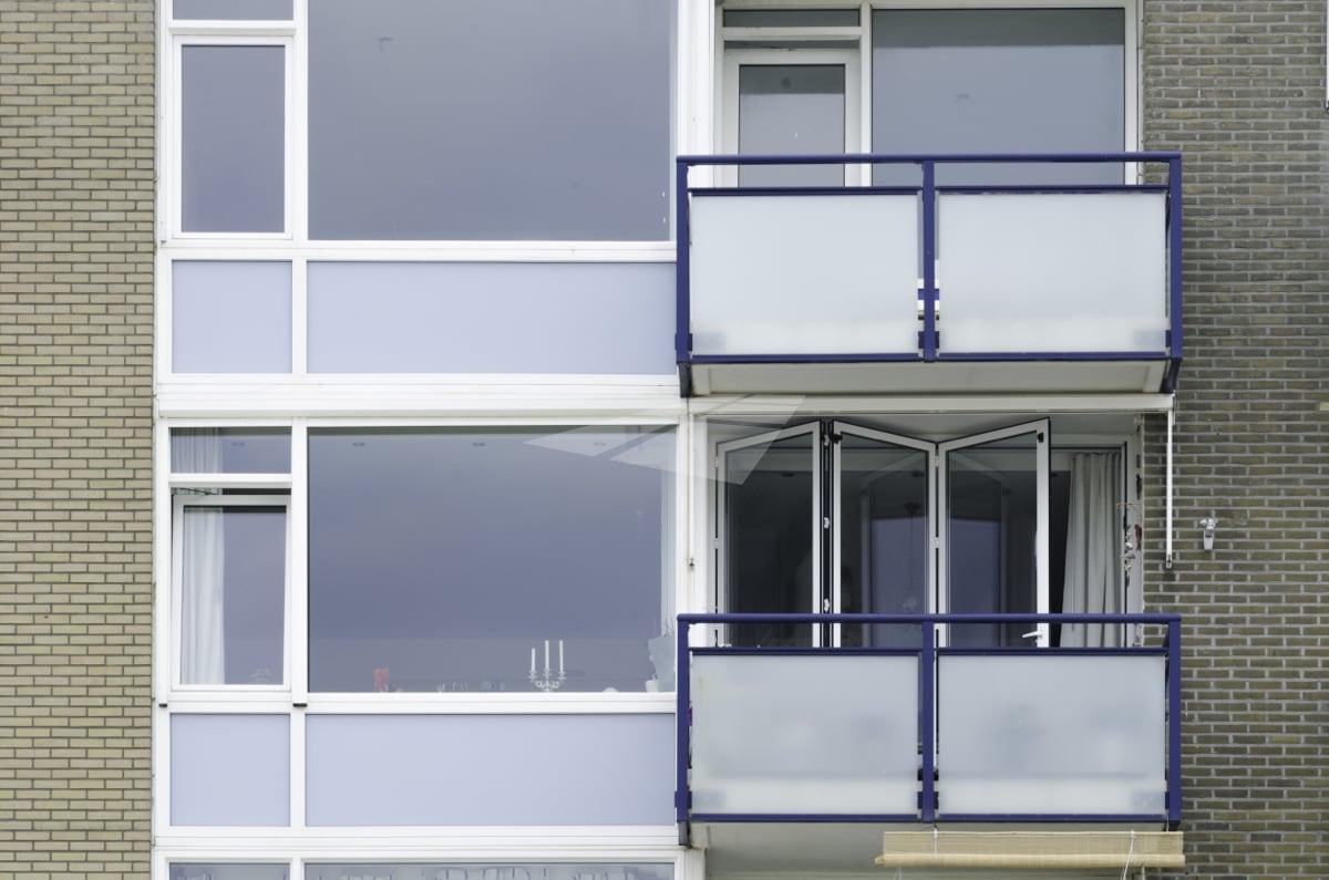 Select Windows kunststof kozijnen - Aluminium vouwwand op balkon