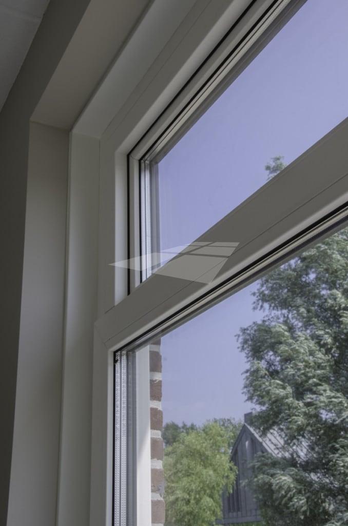 Triple glas in kunststof raam