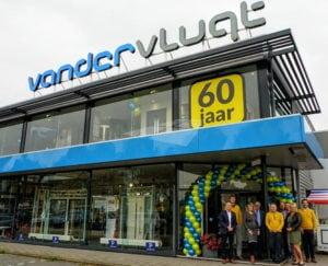 Team Van der Vlugt - Kunststof Kozijnen Velserbroek