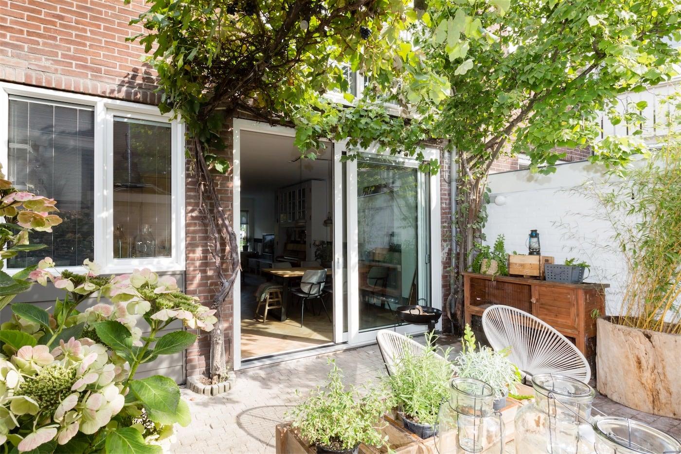 Select Windows Kunststof kozijnen - kunststof schuifpui in vtwonen metamorfose verbouwen of verhuizen - 5 ideeën voor een fijne zomer in eigen huis en tuin
