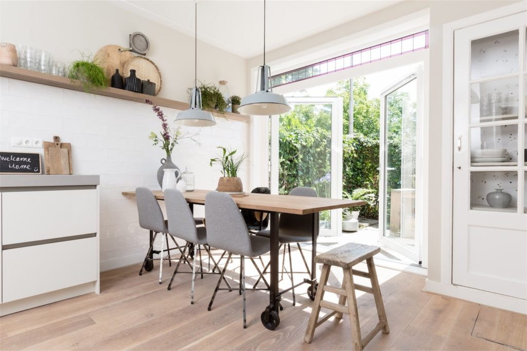 Select Windows Kunststof kozijnen - Openslaande deuren of tuindeuren in vtwonen metamorfose verbouwen of verhuizen - stolpdeuren