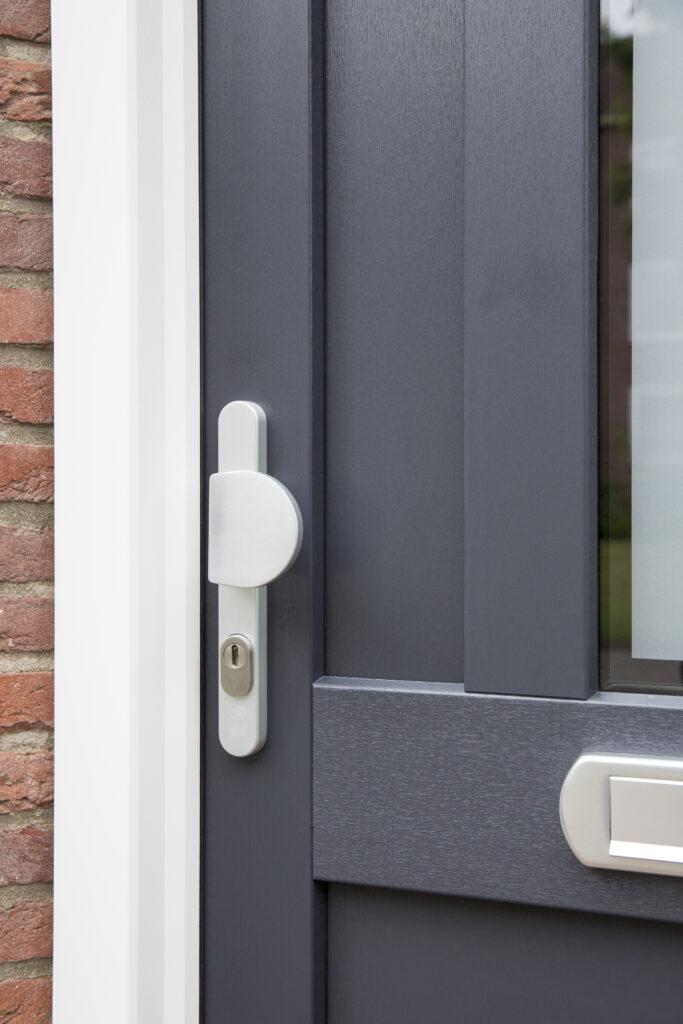 Select Windows Kunststof kozijnen - kunststof voordeur vtwonen