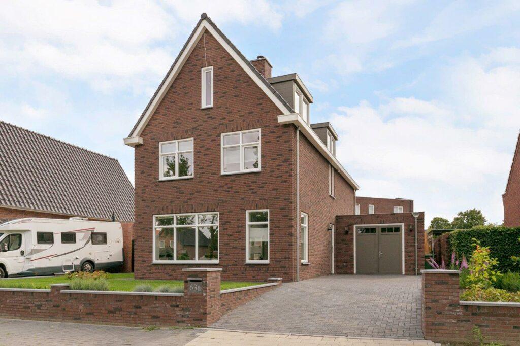 Select Windows Referentie Rijsbergen - Kunststof kozijnen in nieuwbouwwoning