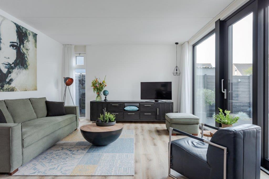 Select Windows Kunststof kozijnen - referentie zwarte kunststof kozijnen in Leeuwarden