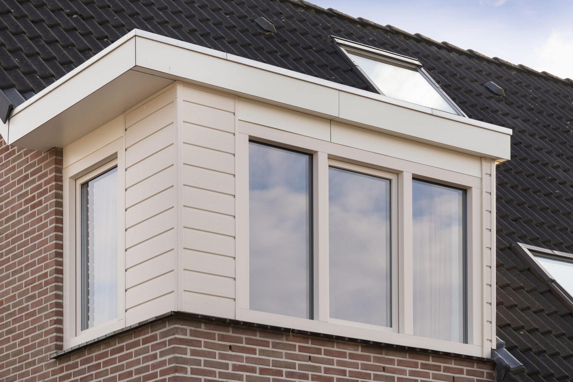 Select Windows kunststof kozijnen - referentie Bergen - Kunststof voordeur en ramen in Bergen, Limburg