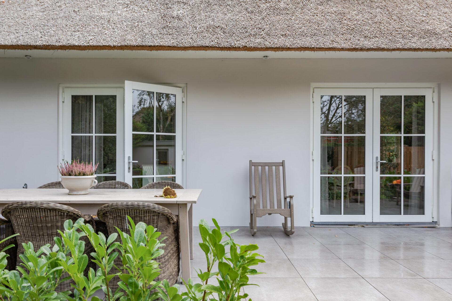 Select Windows kunststof kozijnen - kunststof kozijnen Bergen - kunststof ramen en tuindeuren