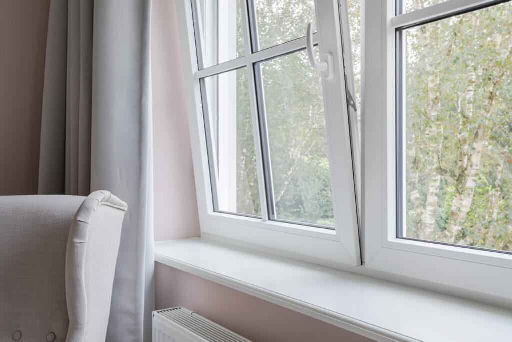 Select Windows Kunststof kozijnen - kunststof draaikiepraam - wienersprossen