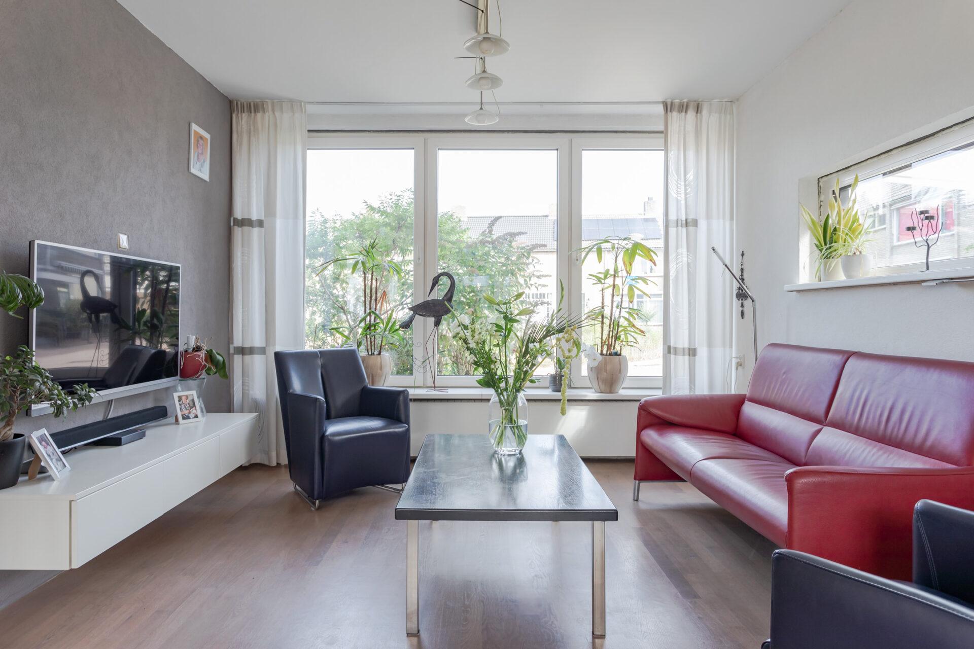 Select Windows kozijnen - Woningrenovatie met kunststof kozijnen in Elst - woonkamer