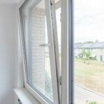 Select Windows kozijnen - Woningrenovatie met kunststof kozijnen in Elst - draaikiepraam in slaapkamer