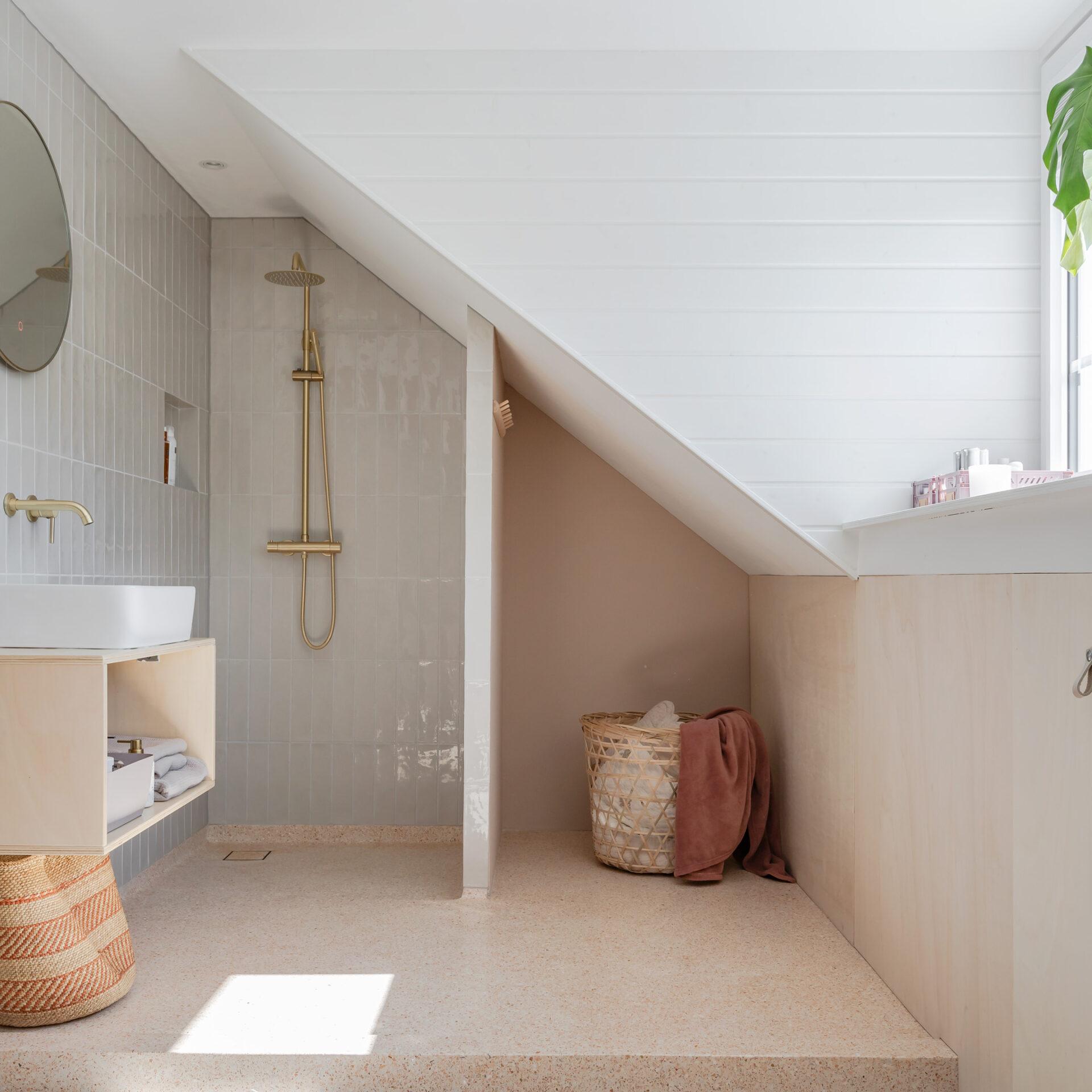 Select Windows Kunststof kozijnen - Onderhoudsarme dakkapel in Haarlemmermeer - badkamer