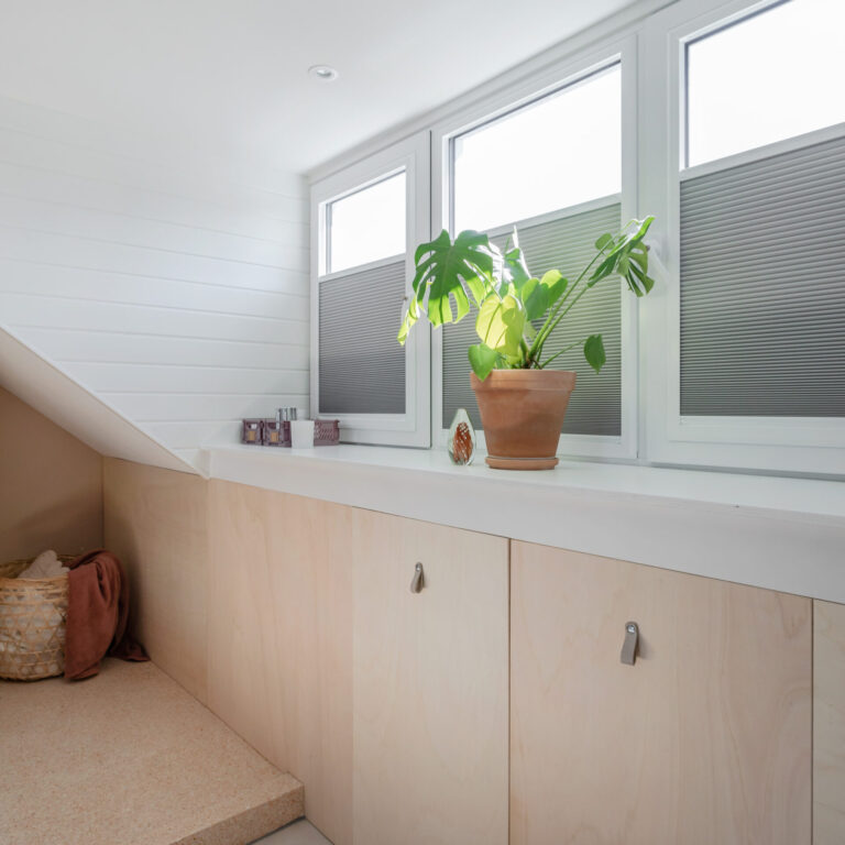 Select Windows Kunststof kozijnen - Onderhoudsarme dakkapel in Haarlemmermeer - kunststof ramen - draaikiepraam