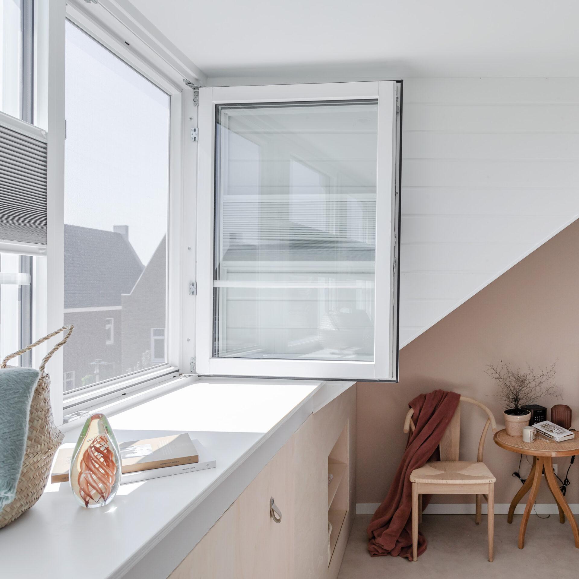 Select Windows Kunststof kozijnen - Onderhoudsarme dakkapel in Haarlemmermeer