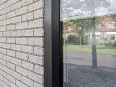 Select Windows Kunststof kozijnen - referentie Leeuwarden - kunststof raam met screenline