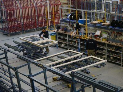 Select Windows Kunststof kozijnen fabriek - productie en afwerking