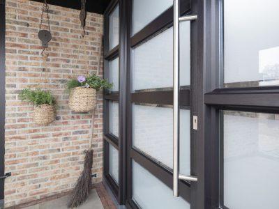 Select Windows Voordeuren - detail voordeur binnenzijde - greep en vlakverdeling